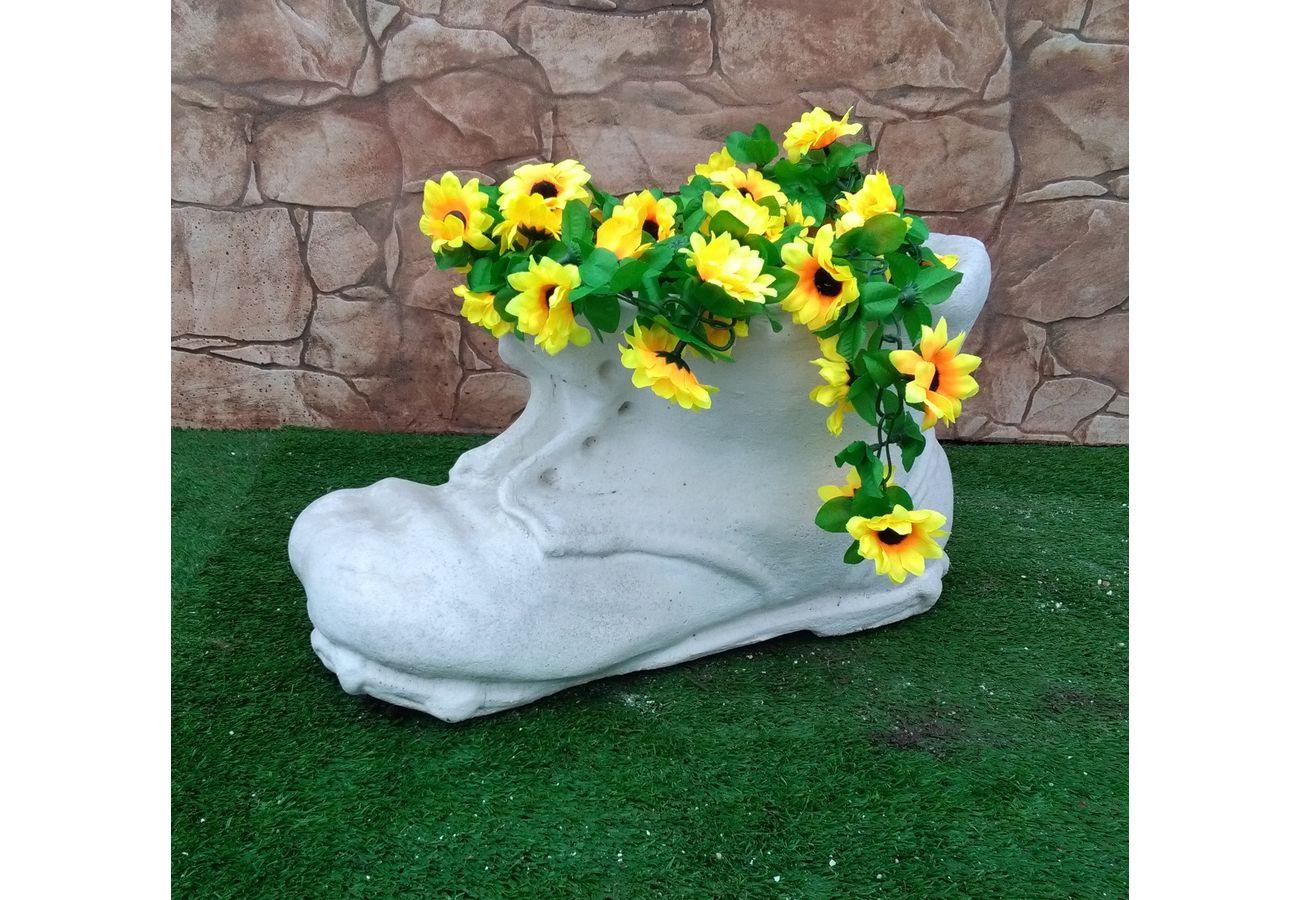 Arredamenti cazzola paolo produzione statue ed arredo for Produzione arredo giardino