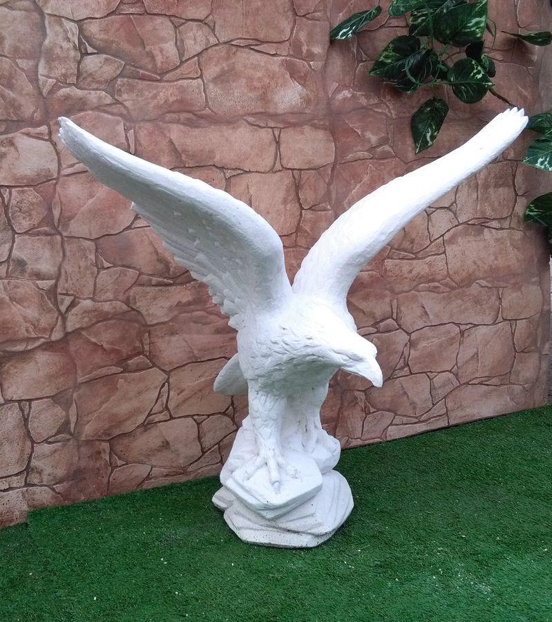 Statue cazzola paolo produzione statue ed arredo giardino for Produzione arredo giardino